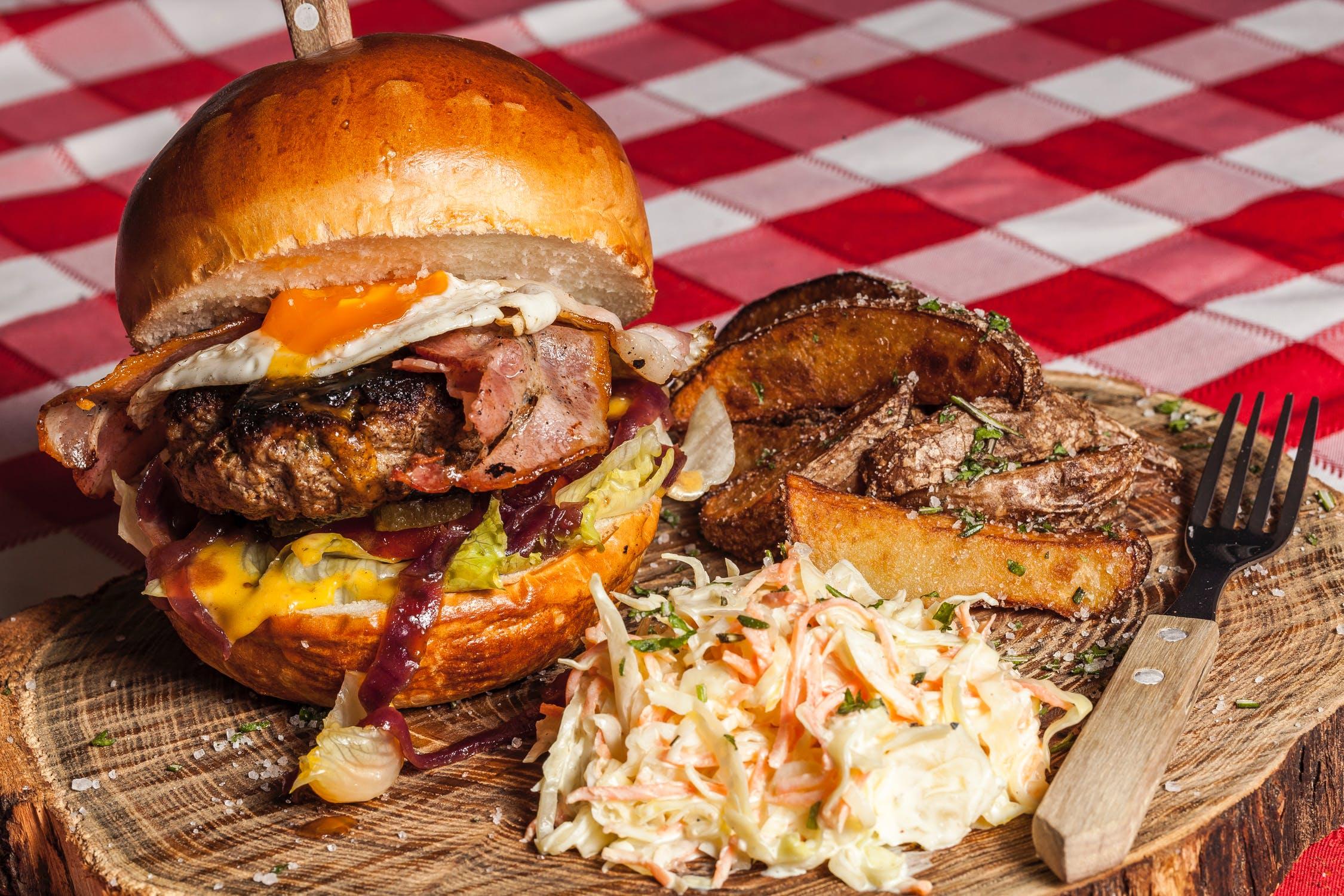 Nem og hurtig burger fra en måltidskasse